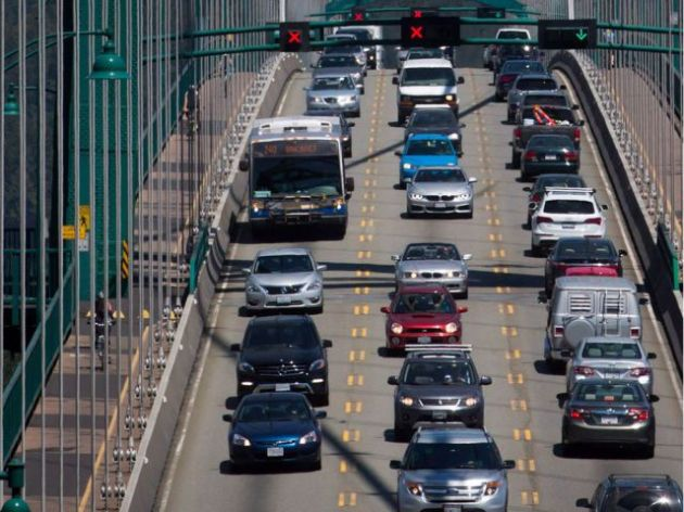 Traffic slowly moves over the Lions Gate Bridge between Stanley Park and the North Shore. Contrary to popular opinion, says columnist Stephen Hume, recent immigrants are actually better drivers than the native-born drivers who like to speed, race the amber lights at intersections, change lanes abruptly without signalling and other common offences.
